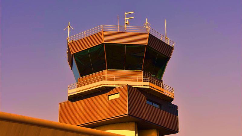 Kontrolerzy ruchu lotniczego – dyktatorzy nieba